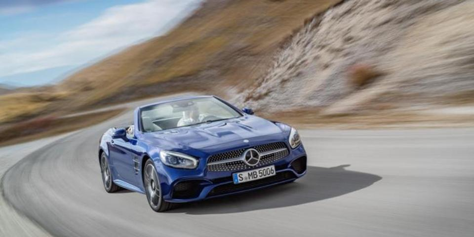 New Mercedes SL April 2016